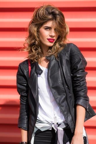 ms treinta blogger shirt shoes bag sunglasses