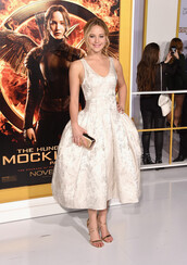 dress,jennifer lawrence,prom dress,gown,high heel sandals,sandals,gold sandals,midi dress,white dress,clutch,metallic clutch,celebrity style,v neck dress,hairstyles