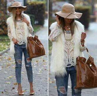 blouse jeans ripped jeans hat bag fur fur vest faux fur vest white white blouse lace white lace lace blouse necklace shoes heels denim classy gorgeous amazing dressed up brown bag
