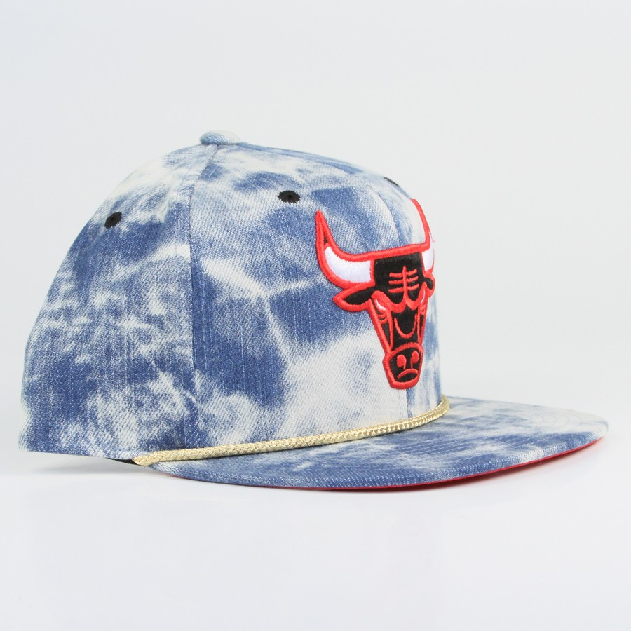 Mitchell & Ness - NBA Classic Acid Wash Snapback (Chicago Bulls)