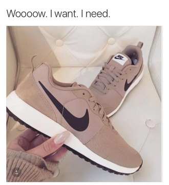 shoes nike nike shoes beige shoes beige