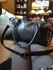bag,shoulder,studded bag,purse,studded purse,style,studded,studs,shoulder bag,black studded bag