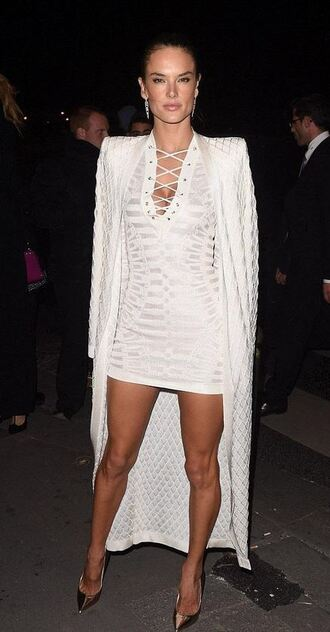 dress alessandra ambrosio white dress fashion week bodycon dress pumps shoes