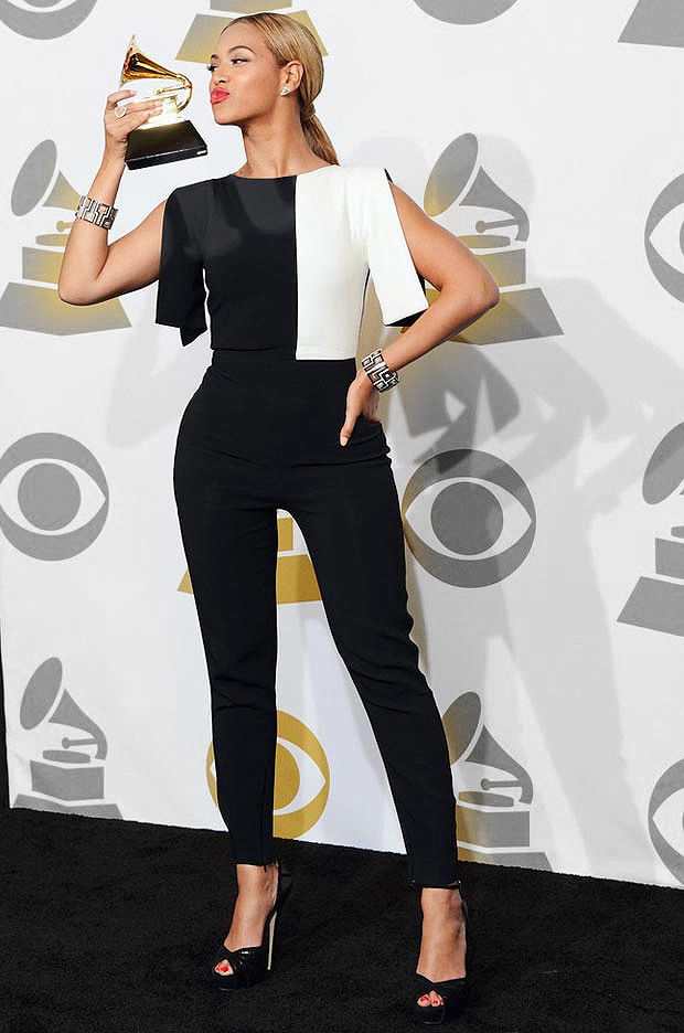 Ladies New Celebrity Beyonce Split Sleeve Black White ...