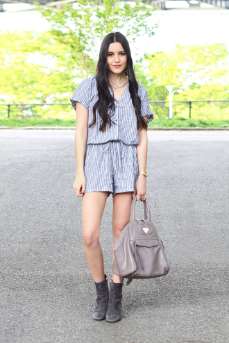dress like jess blogger romper jewels bag shoes