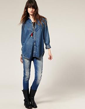 Chemise longue en jean chez asos
