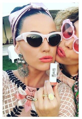 make-up top lipstick lips red lipstick katy perry instagram coachella sunglasses