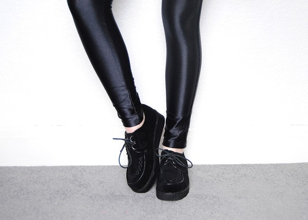 shoes cute creepers black creepers jeans