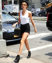 shorts,shoes,top,taylor swift,hat