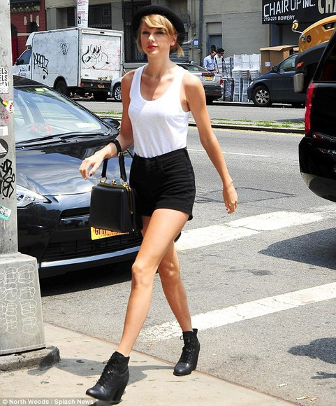 taylor swift shoes shorts top hat