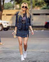 skirt,mini skirt,plaid skirt,wool,converse,blazer,black top,sunglasses