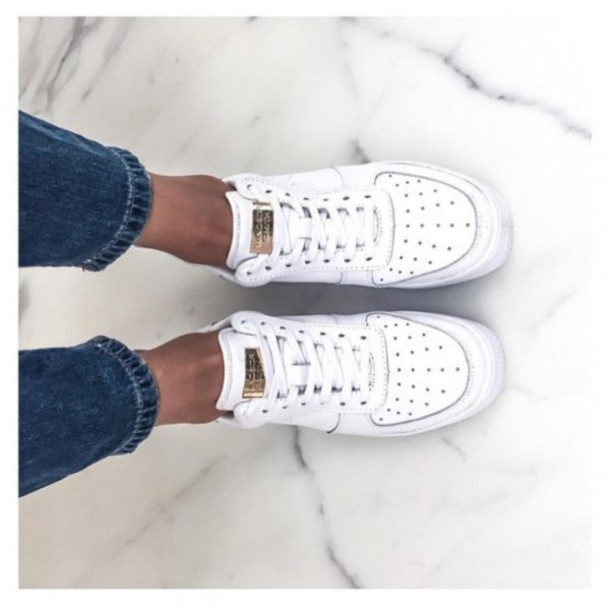 3c072017963 shoes white white shoes nike sneakers tumblr jeans platform sneakers  running nike air force 1
