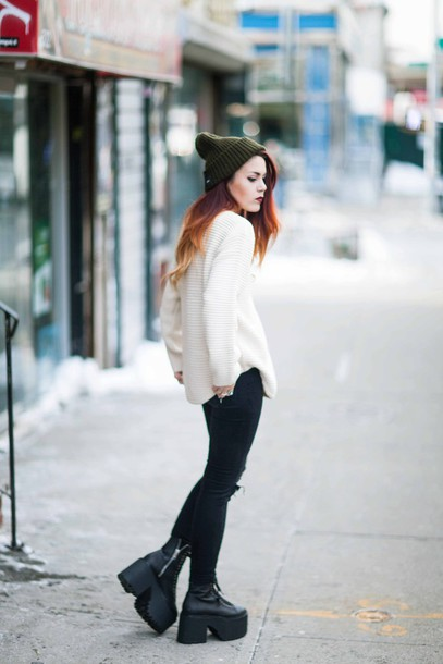 le happy blogger sweater pants shoes style instagram
