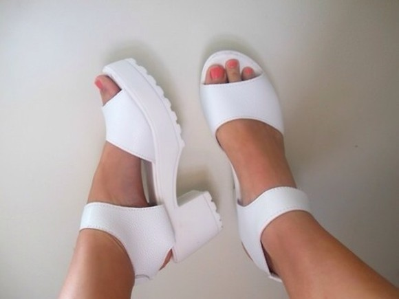 shoes platform sandal high heels white