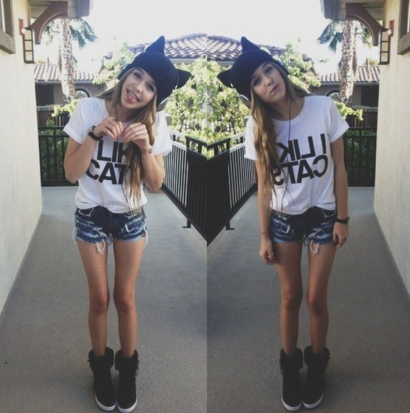 shirt acacia clark cat shirt beanie shoes shorts frayed cats hat