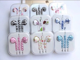 earphones flowers apple print