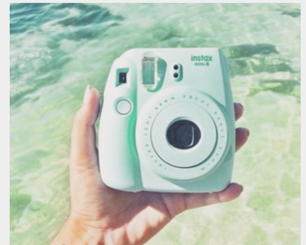 Polaroid Camera Urban Outfitters Uk : Polaroid camera mini urban outfitters camera gifts for the