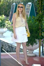 skirt,dakota fanning,mini skirt,sandals