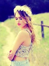 shirt,crop tops,flower headband,headwrap,polka dots,white,blue,sunflower,shorts,jeans,summer beauty