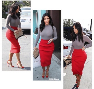 shirt kim kardashian dress skirt style outfit clothes t-shirt turtleneck grey sweater red bodycon dress heels shoes