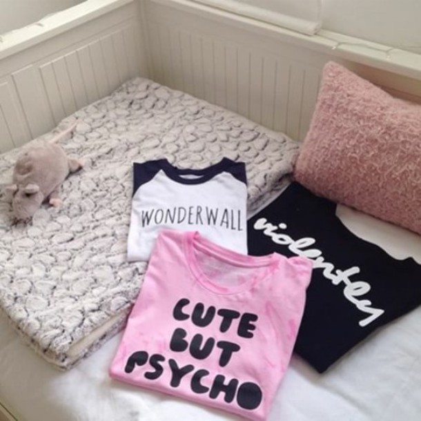 t-shirt cutebutpsycho love