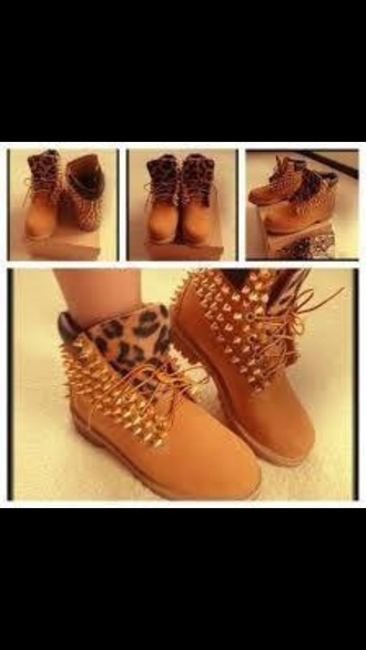 shoes leopard print spiked booties tan studded timberlands spikes timberlands leopard timberlands spiked shoes boots sandy brown blouse timberland boots shoes timberland boots studded