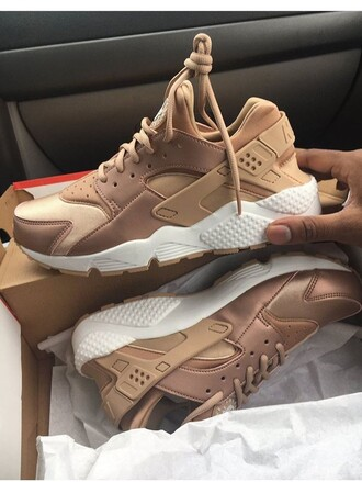shoes huarache rose gold nike shoes nike hurraches brown beige nude gold huaraches or bronze nike