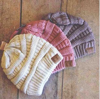 hat bobble beanie knit knitwear weave woven white red brown cold snow weather winter outfits fall outfits tumblr teenagers cute girl casual comfy cool