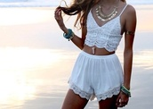 floral,white,crop tops,shorts,crochet crop top,top,jewels,blouse,crochet,spaghetti strap top,cami top,beach party,cute,lace,noir,croptopwhite,summer outfits,white shorts,whiteskort,whole oufit,two-piece,boho dress,hippie,white shirt,style,summer top,pom pom shorts,hair accessory,tank top