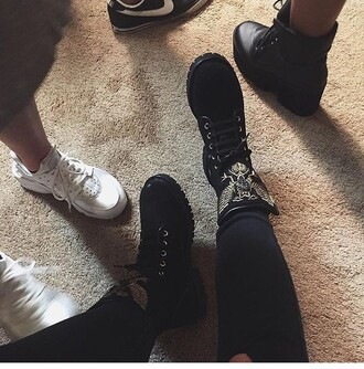 shoes black balmain combat boots black combat boots country birds boots grunge kylie jenner swag dope fashion timberlands kyile jenner black shoes yeezy high tops high top converse black boots