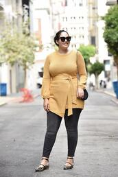 girl with curves,blogger,sweater,tights,jeans,shoes,bag,jewels,sunglasses,make-up