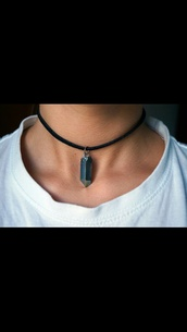 jewels,necklace,choker necklace,grunge wishlist,crystal,boho,indie,crystal quartz,grunge jewelry,jewelry,beautiful,grunge,black,tumblr,pale,hair accessory,green,girl,nice,pretty