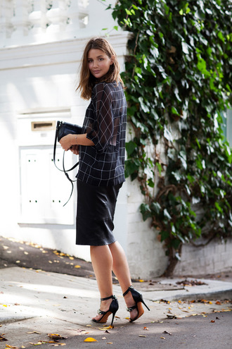 harper & harley blogger office outfits checkered sandals pencil skirt