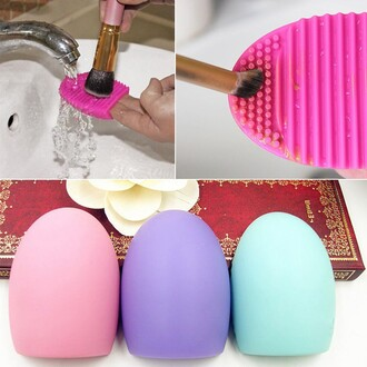 home accessory make-up makeup brushes cleane make up tools makeup table
