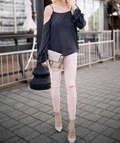 jeans,tumblr,pink jeans,pumps,pointed toe pumps,high heel pumps,white heels,top,white top,long sleeves,bell sleeves,cut-out shoulder top,cut-out,cut out shoulder,bag,grey bag