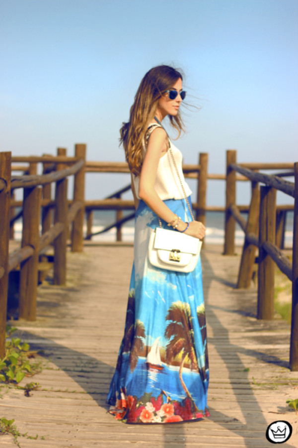 fashion coolture skirt t-shirt jewels sunglasses bag