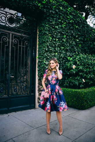 gal meets glam blogger dress shoes bag