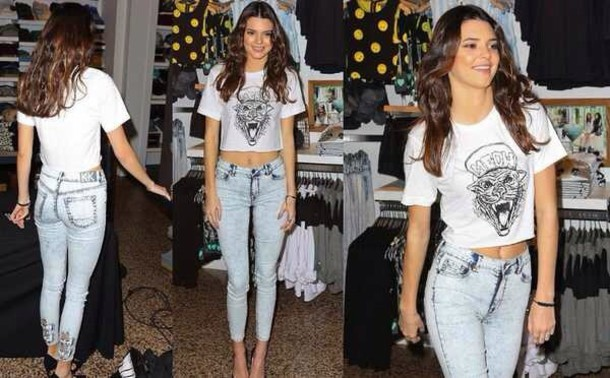jeans kendall jenner high waisted jeans bows bow jeans t-shirt