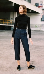 pants,black,cropped,navy pants,nave,high waisted pants,cropped pants