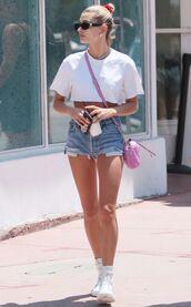 top,crop tops,cropped,denim,denim shorts,hailey baldwin,model off-duty,shorts