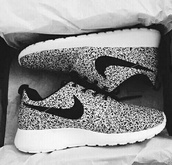 shoes,nike . air . roshe?!,nike rose run,running,fitness,trainers,nike running shoes,nike shoes,dress,b&w,speckled,nikes,nike roshe run,black shoes,white shoes,beautiful,sportswear,gorgeus,roshe runs,roshes,black and white dress,shorts,jeans,t-shirt,shirt,sports shoes,heels,style,beach,summer,summer outfits,summer dress,socks,winter outfits,tank top,black dress,white dress,high heels,nike,grey,polka dots,nike roshe run black sail,black,white,sneaks,sneakers,black and white,low top sneakers
