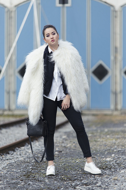 blaastyle blogger fuzzy coat fluffy black pants white shoes
