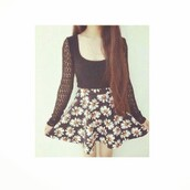 dress,black and weight,vintage,style,floral,daisy,cute outfits,nice,fashion,pretty,lace,skater skirt,shirt