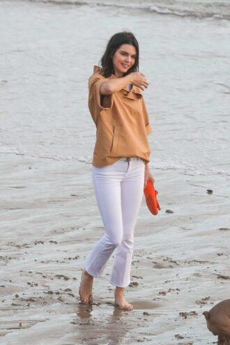 pants jeans sweatshirt top kendall jenner model