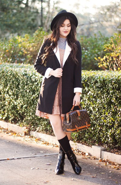 carly maddox blogger dress louis vuitton bag black shoes black coat