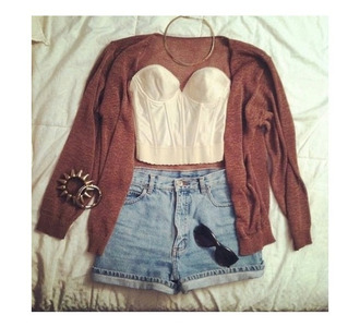 shorts lace bustier high waisted shorts cardigan gold jewelry sweater shirt blouse rouge gilet top jewels necklace bracelets jeans outfit hair accessory earphones blue high waisted shorts light blue shorts fall outfits boustier