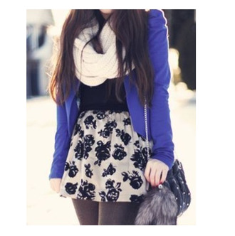 blue jacket roses floral skirt mini skirt shoulder bag infinity scarf knitted scarf fall outfits keychain sweater skirt shorts prety pretty dress tumblr tumblr outfit cardigan purple cardigan black shirt blazer