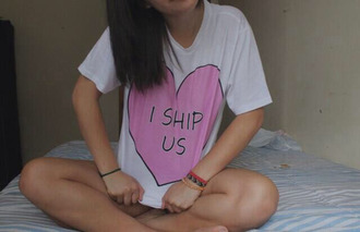 shirt ship i ship us quote on it tumblr cute couple heart t-shirt pink black white crop tops summer spring fashion gorgeous