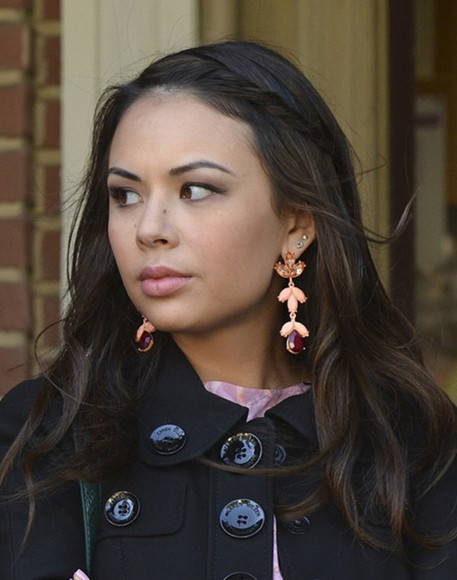 pretty little liars janel parrish mona vanderwall jewels
