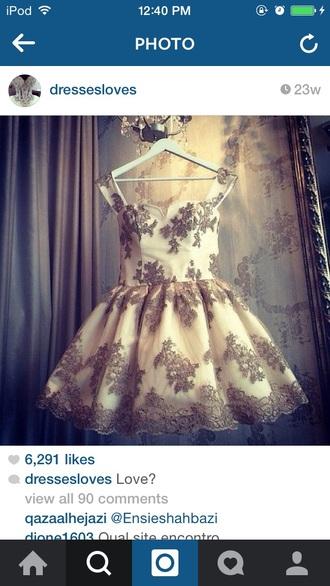dress lace beige
